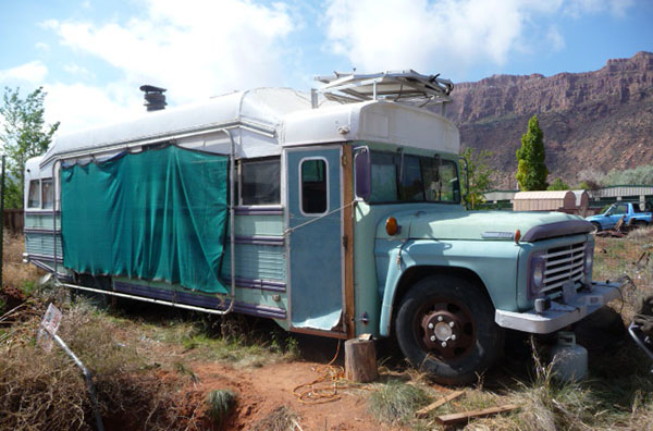 Unique RV Bus Conversions  Yes Old Buses Do Make Comfortable RVs  Fun